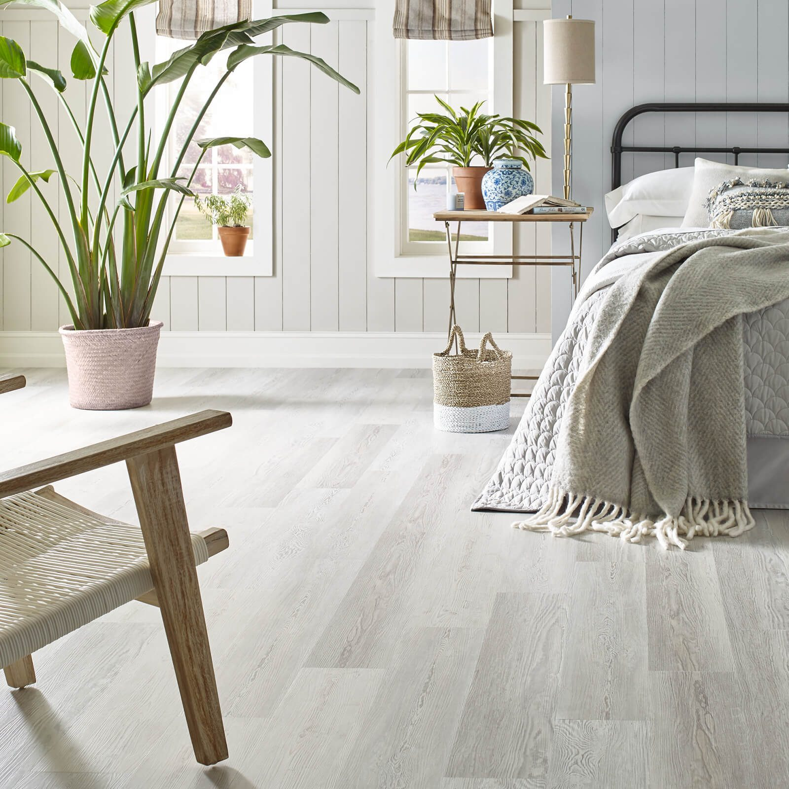 White Colored Vinyl Flooring for Bedroom | Leicester Flooring